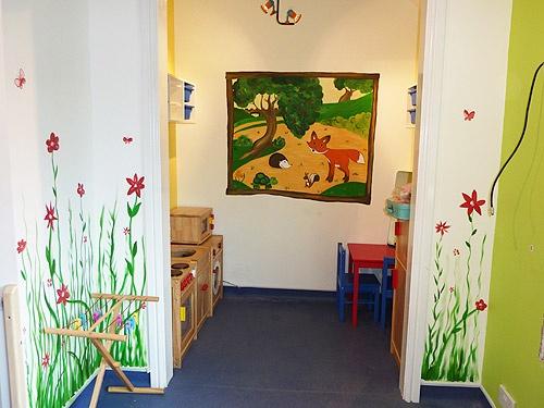 Papel pintado flores de ni a decoraci n infantil for Papel pintado nina